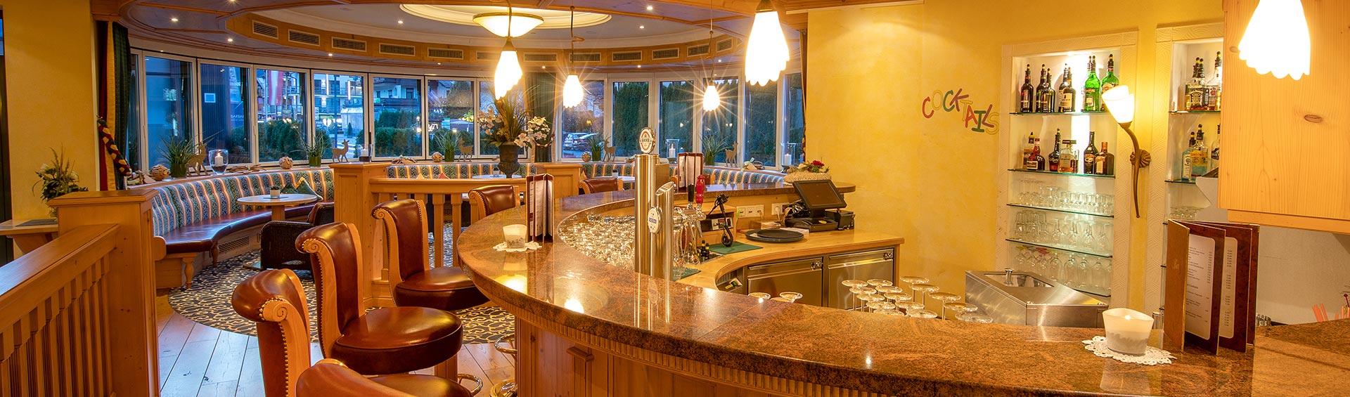 Hotelbar und Wintergarten